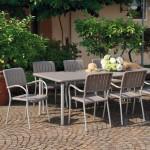 Table et chaises de jardin Maestrale et Musa