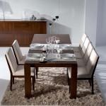 Table et chaises garnie
